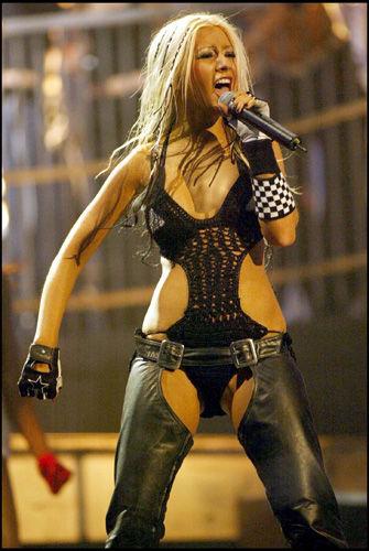 Christina-aguilera-dirty-163v0sr